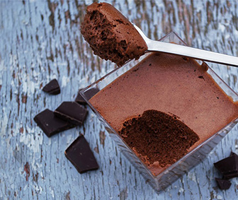 Looking for keto desserts? These 10 keto desserts will keep you in ketosis while also simmering down your sweet tooth.